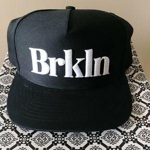 Brooklyn adjustable cap (ARITZIA)